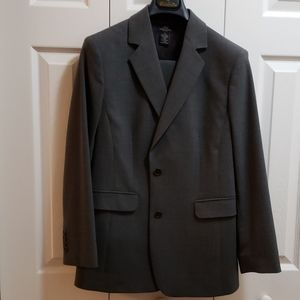 Brooks Brothers suit jacket size 10 pants size 6